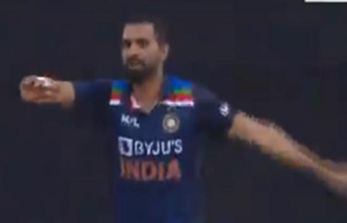 IND Vs SL: Deepak Chahar dances on the field after taking a wicket, watch video